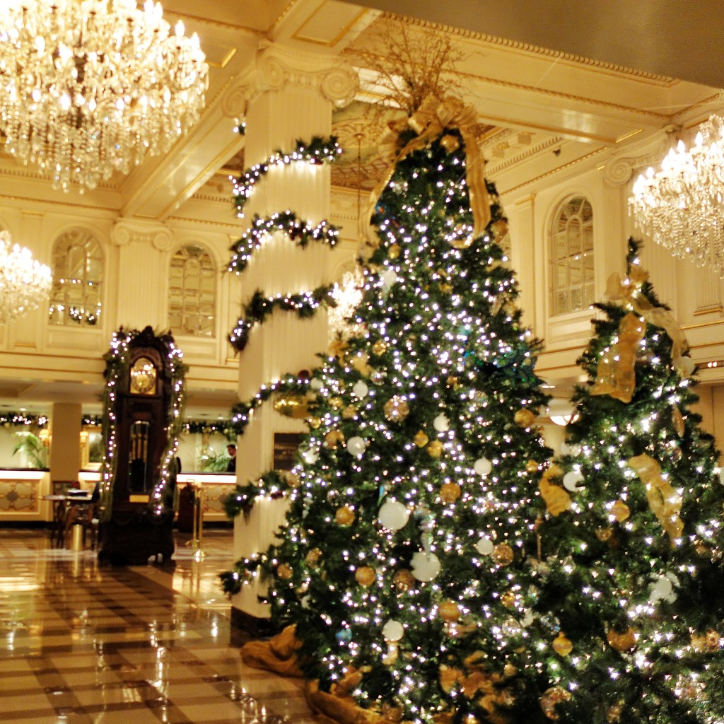 Hotel Monteleone New Orleans Christmas Decorations Hotel Lobby