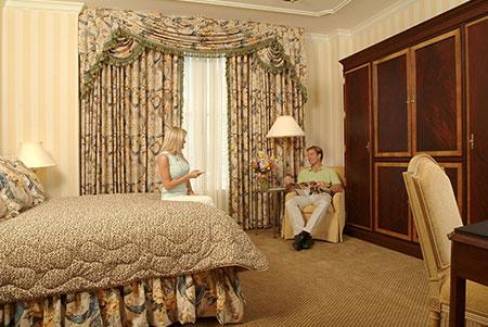 room_royal_salon