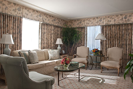 William Faulkner's love of Hotel Monteleone inspired this lovely suite overlooking the French Quarter.