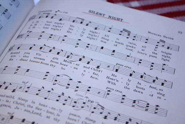 Joy to the World: Christmas Carols at Hotel Monteleone