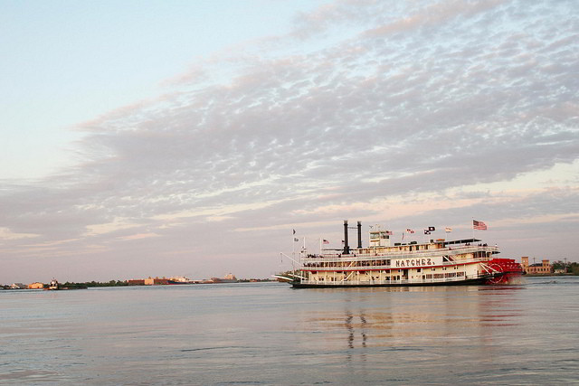 The Steamboat Natchez cruises the Mighty Mississippi daily featuring steam engine room visitation, and live calliope and jazz music. (Photo courtesy Louisiana Travel on Flickr)